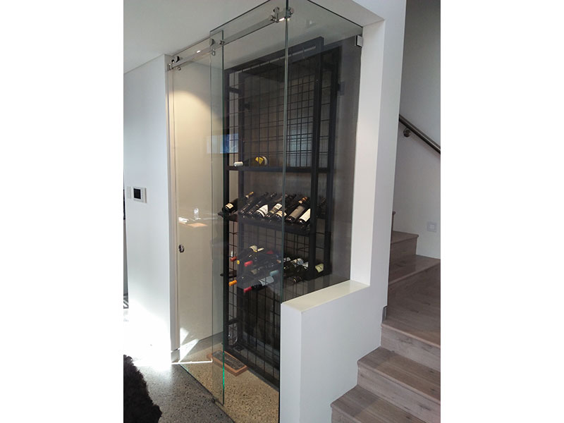 19 high x 9 wide Single Display Wine Rack